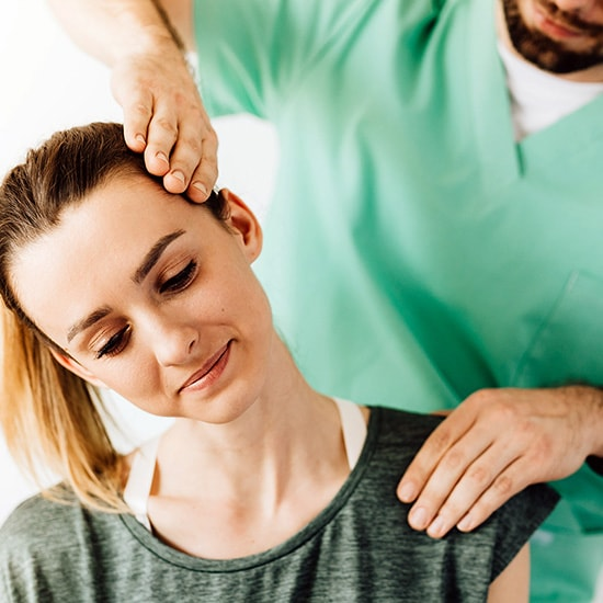 Neck Pain Treatments at NashuaPT